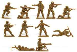 Matchbox WWII British Infantry - 15 54mm unpainted figures mint in sealed bag
