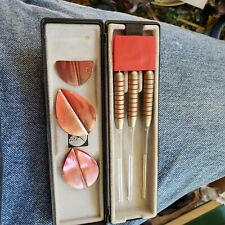 unicorn 20g steel tip darts - set of three with case - red