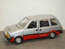 Nissan Prairie - Diapet Yonezawa Toys Japan 1:40 *34471