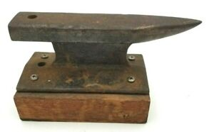 """Vintage Small Iron Anvil Jewelry Blacksmith 8"""" from RR Rail 5 Lbs"""