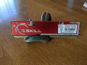 4GB 4x1GB G.Skill Ram F2-6400CL5D-2GBNQ DDRII1GB PC2-6400 CL5-5-5-15 DIMM MEMORY