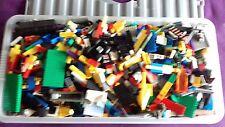 Lego Grande Boite de lego 1000 S de pièces Boîte à l'intérieur de taille est 30 Inchx 14 Inchx 7 in (environ 17.78 cm) très bon état