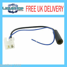 CONNECTS 2 TOYOTA AURIS ALL MODELS  DIN FEMALE AERIAL ANTENNA