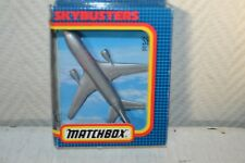 AVION MATCHBOX SKYBUSTER DC 10 AMERICAN AIRLINES BOITE  PLANE/PLANO SB 13