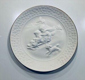 "Decora 8"" Porcelain Plate Trimmed 24K Gold (1985) A Child's Christmas"