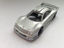 Maisto etwa Hot Wheels Gr. Mercedes-Benz CLK GTR, Street Version, silber 1996