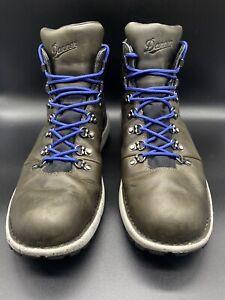 Danner 32382 Gore-Tex  Men's Vertigo 917 Hiking Boot, Dark Gray, 11.5 D US