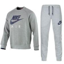 Ropa de deporte de hombre grises Nike