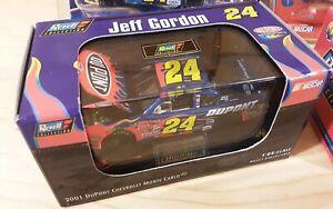 Jeff Gordon #24 DuPont x4 NASCAR Champion 2001 Revell Die cast 1:64 Stock Car