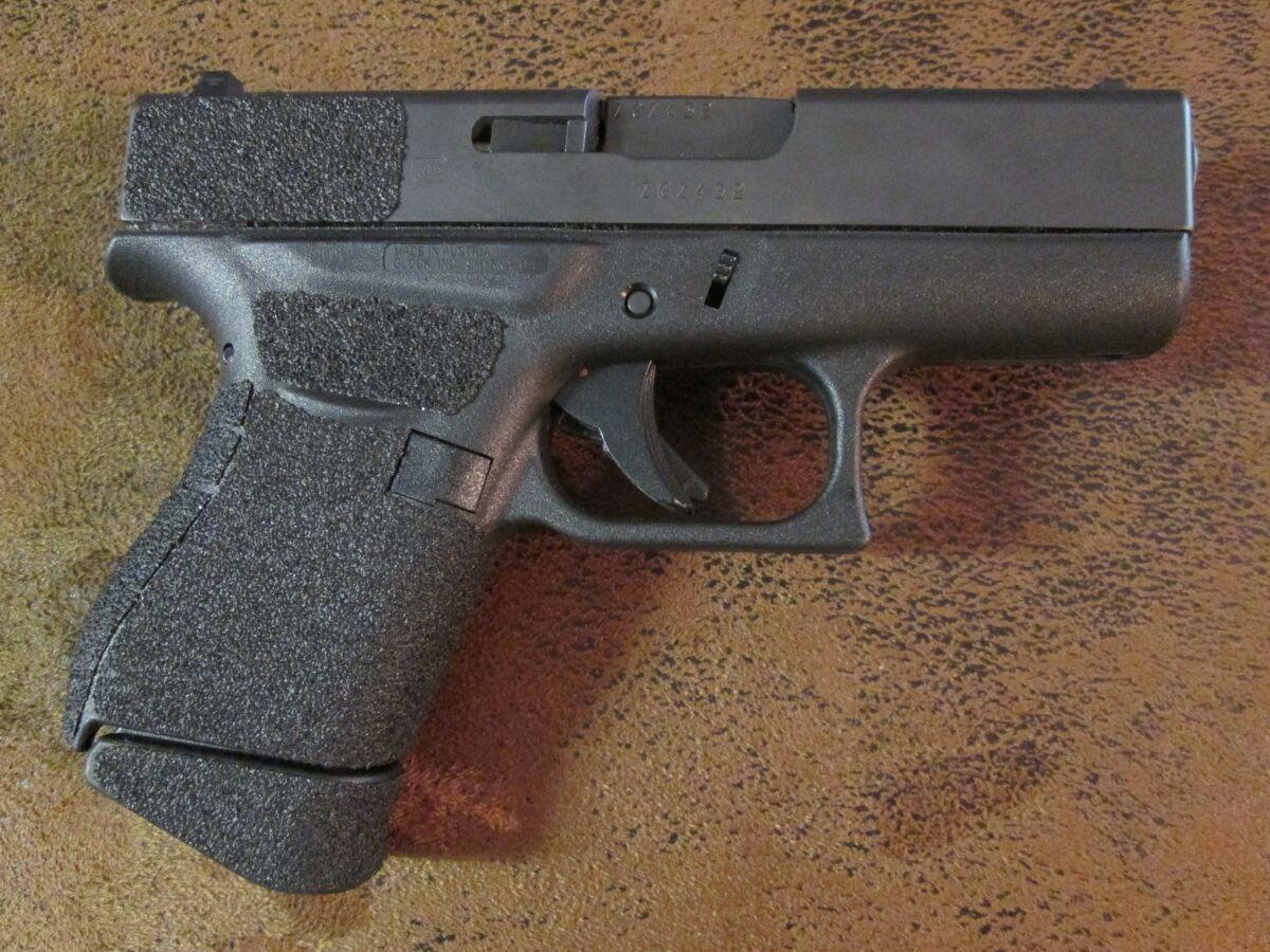 Sand-Paper-Pistol-Grips & GusGrips
