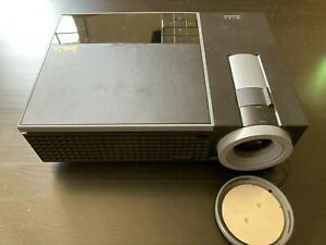 Dell 1609WX DLP LCD Video Projector VGA, DVI, S-Video, only 783 lamp hours