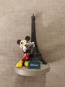 DISNEY PARKS GORGEOUS MICKEY MOUSE BY THE EIFFEL TOWER FIGURE NEW WITHOUT BOX