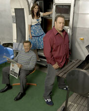 King of Queens [Cast] (28367) 8x10 Photo