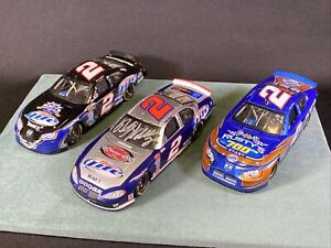 3 Rusty Wallace Action 1:24 Action Diecast Cars Signed Victory Lap 700th Last Ca