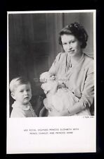 r4083 - Princess Elizabeth with young Prince Charles & Princess Anne - postcard
