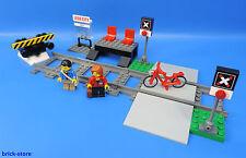 LEGO Trains 60051 Gare/avec Passage à niveau et 2 Rails+