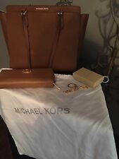 NEW Michael Kors Dee Dee Saffiano Bag- luggage color - travel WALLET and CHARM