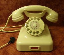 Telefon Bakelit W 48 Telephone Fernsprecher  elfenbein  KRONE