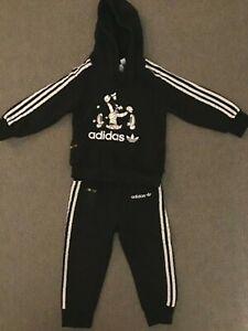 Toddler Boys Black Adidas Disney Tracksuit Age 18 /24 Mths Used