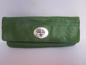 VINTAGE COACH BONNIE MADISON GREEN FOLD OVER CLUTCH