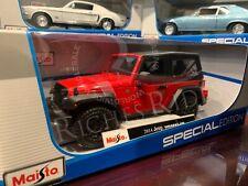 Maisto 1:18 Diecast Model Car - 2014 Jeep Wrangler Willys (Red)