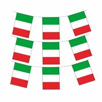White /& Green Plastic Party Tablecover Italian Red