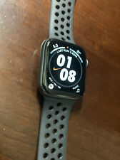 Apple Watch Series 4 Nike+ 44 mm Space Gray Aluminum Case with Anthracite/Black