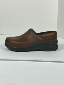 KLOGS Womens Clogs Shoes Brown Low Heel Round Toe Slip Resistant US 6