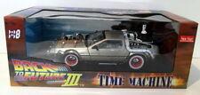 Voitures, camions et fourgons miniatures Sunstar pour DeLorean
