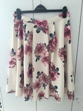 Beautiful New Look Ladies  Floral Midi Skater Skirt Size 16