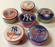 SEALED BOX OF 18 NEW YORK YANKEES STICKERS & GUM LICENSED MLB MERCHANDISE