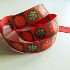 Nœuds, rubans et ficelles rouge pour emballage et paquet cadeau