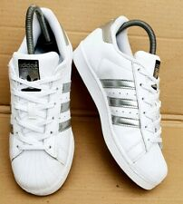 GORGEOUS ADIDAS SUPERSTAR WHITE AND SILVER TRAINERS SIZE 6.5 UK EXCELLENT RARE