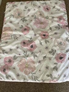 sweet JoJo design flowered crib comfortner pink gray