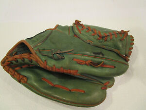 "MacGregor 671B Willie Mays ""Autograph Model"" Green Baseball Glove RHT"