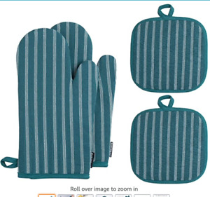 Quilted Pot Mitts, Oven Mitts and Pot Holders Set Green Striped NEW