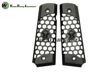 We Metal Hex Cut Grip Cover With Skull Logo for 1911 GBB (black) WE0599