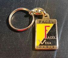 Facel Vega Schlüsselanhänger  - Maße Emblem 23x35mm