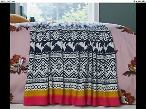 BNWT JOULES Heritage Peony Knitted Throw. RRP £95.00