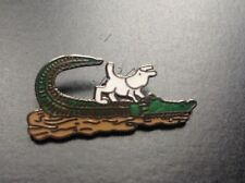 Pin's Tintin Milou crocodile N° 142   PARFAIT ETAT