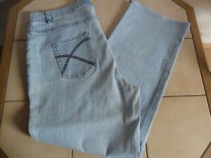 Damen Stretch Jeans hellblau Größe 22