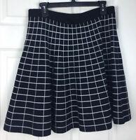 (No Tag) Sz M/L? White & Black Reversible Checked Flared Heavy StretchKnit Skirt