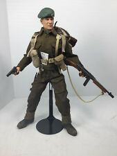 1/6 DRAGON BRITISH ROYAL MARINE OFFICER BROWNING & THOMPSON + STAND WW2 BBI DID