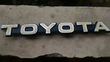 Toyota 79-84 Land Cruiser BJ40 FJ40 Front Grill TOYOTA Emblem