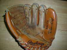 Pre Owned Youth Rawlings RBG135 Baseball Glove Rickey Henderson Used Softball