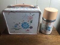 Vintage Aladdin THE DUCHESS Metal Lunchbox w/Thermos