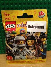 LEGO 8683 SERIES 1 .SPACEMAN BRAND NEW SEALED