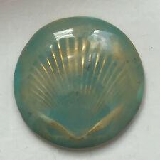 GRAND BOUTON  ANTIGONA - Métal doré, décor émaillé vert céladon 45 mm