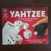 ORIGINAL YAHTZEE VINTAGE 1982  DICE GAME BY MB GAMES