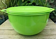 Tupperware Thatsa Bowl 42 Cups Lime Green w/ Same Color Seal New